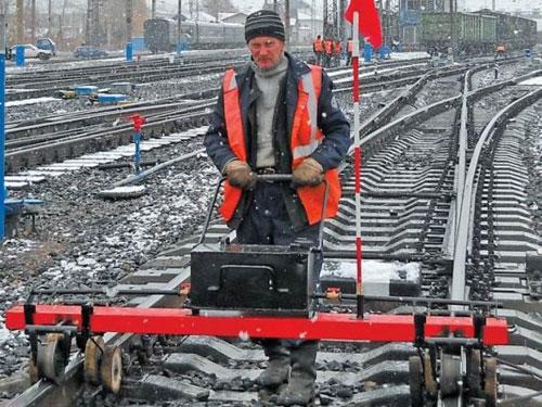 реконструкции и всех видах ремонтов: *железнодорожных путей необщего пользования, *узкоколейных путей